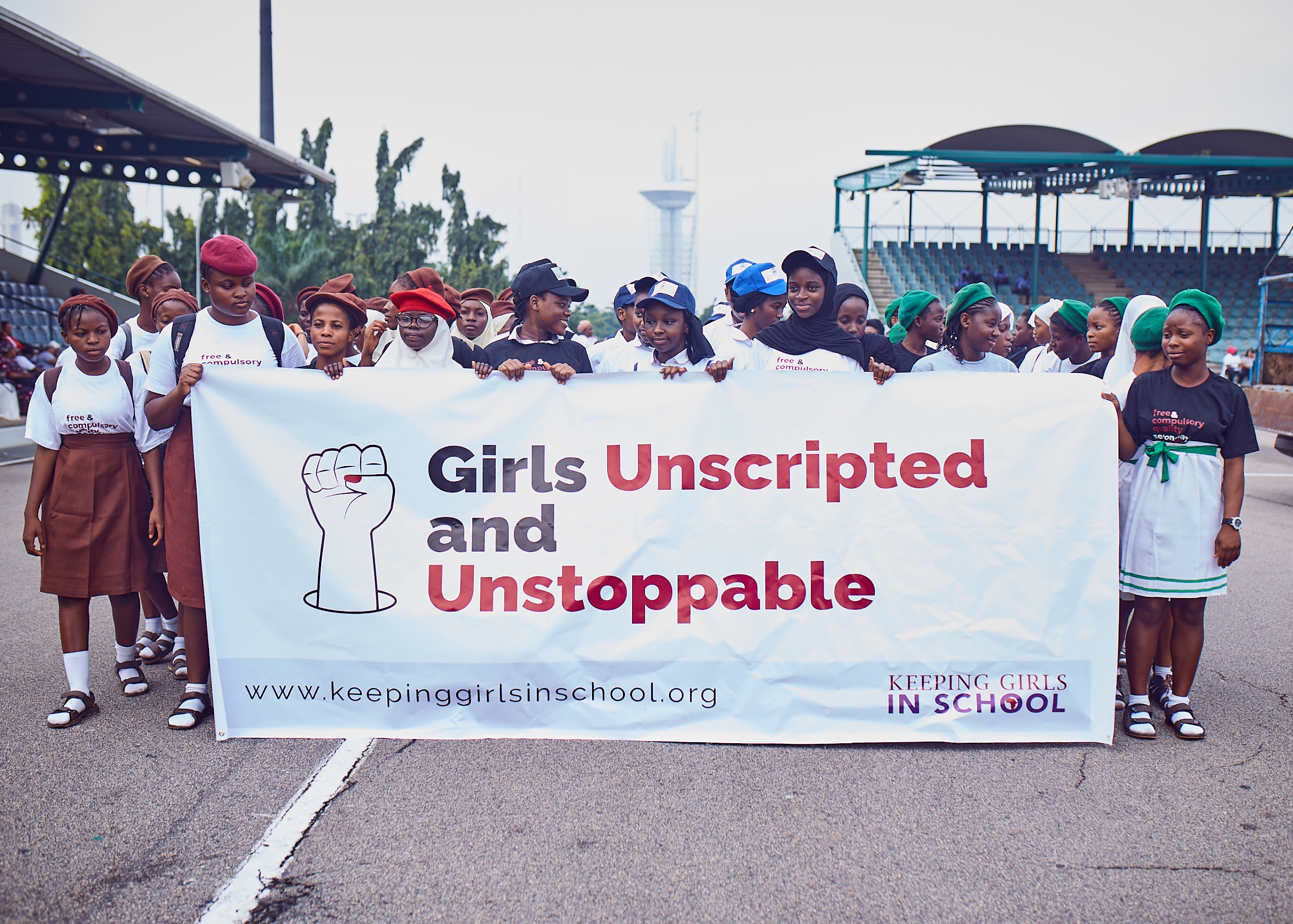 1 MILLION GIRLS' MARCH TO SCHOOL